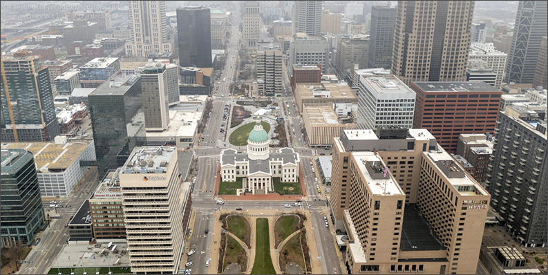 aerial view of downtown St. Louis